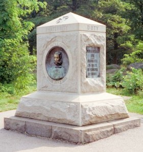 Monument to the 140th New York Infantry., Little Round Top
